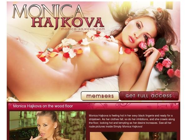 Monica Hajkova Accounta